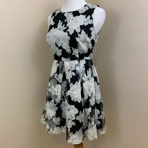 Forever 21 grey & black floral skater dress M